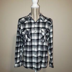 4/$25 Op flannel button down shirt size small